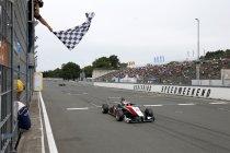 FIA F3: Norisring: Max Verstappen wint chaotische eerste race