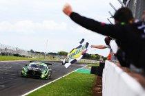 Donington: Vader en zoon Neary winnen voor Team ABBA Racing