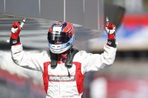 GP3: Rusland: Dean Stoneman in topvorm