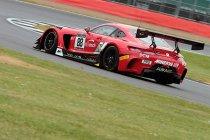 Silverstone: Juncadella zet AKKA ASP Mercedes op pole