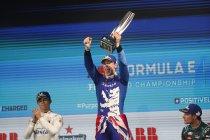 Londen: Alex Lynn wint incidentrijke race