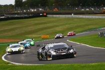 Brands Hatch: Barwell Motorsport houdt McLarens achter zich