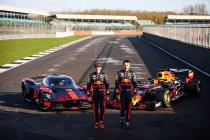 Verstappen en Albon testen de Aston Martin Valkyrie