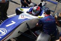 GP3: Abu Dhabi: Race 1: Winst voor Dean Stoneman