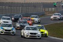 Eerste testdag BMW Racing Cup op Circuit Zandvoort lokte meer dan dertig deelnemers