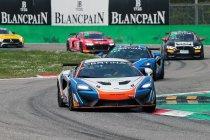 Monza: Benjamin Lessennes (McLaren) wint bij GT4-debuut