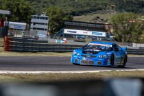 Magione: Elite 1: Rocca primus op natte piste - Longin net geen podium