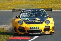 Oschersleben: Overtuigende zege voor Schütz Porsche
