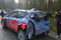 Rally van Finland: Neuville crasht tijdens de shakedown (+Video)