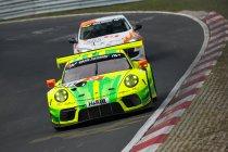 VLN 3: Manthey Porsche overtuigend op pole