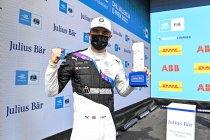 Valencia: Jake Dennis verrassend op pole-positie