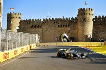 Azerbeidzjan: Mercedes bezet eerste startrij