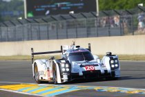 NEWSFLASH: Mark Webber verliest alle snelheid op 2H van einde