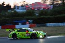 24H Nürburgring: Na 8H: Porsche van Vanthoor op kop