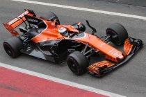 """Alonso: """"We hoeven niet meer te rijden als kleine kinderen"""""""