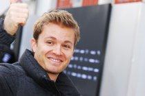 Video's: Officiële reportage dag 3 - Nico Rosberg op visite