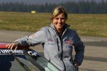 Sabine Schmitz aan de start van WTCC-race op de Nordschleife