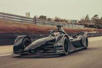 Porsches Formule E-wagen rondt eerste circuittest af