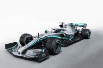 Mercedes start nieuwe uitdaging met de W10