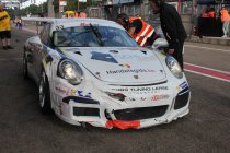 Newsflash:24H Zolder: Speedlover Porsche #33 crasht op oliespoor Hamofa BMW